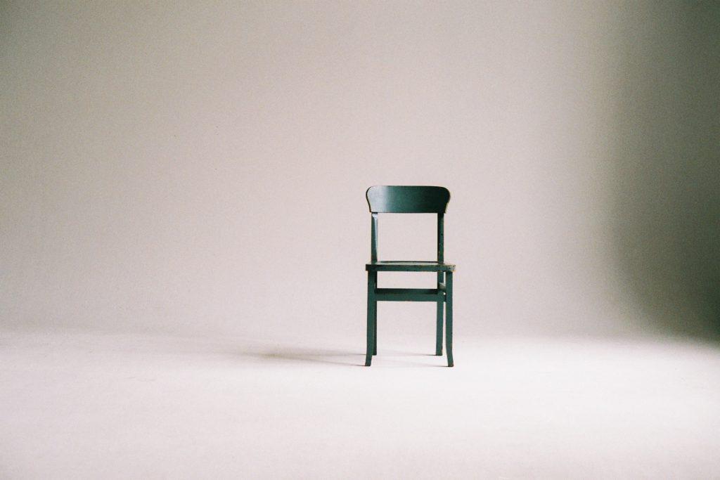 malos habitos de los emprendedores - estar todo el dia sentado
